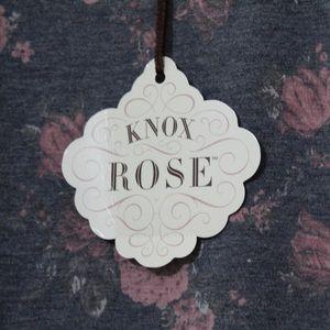 Knox Rose Sweaters - Knox Rose Floral Print Crewneck Gray - L